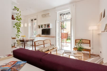 Beautiful apartment with garden