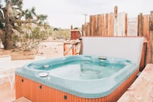 Enjoy views of Joshua Trees from the Jacuzzi