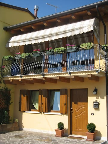 B&B Wind's House - Pove del Grappa - Szoba reggelivel