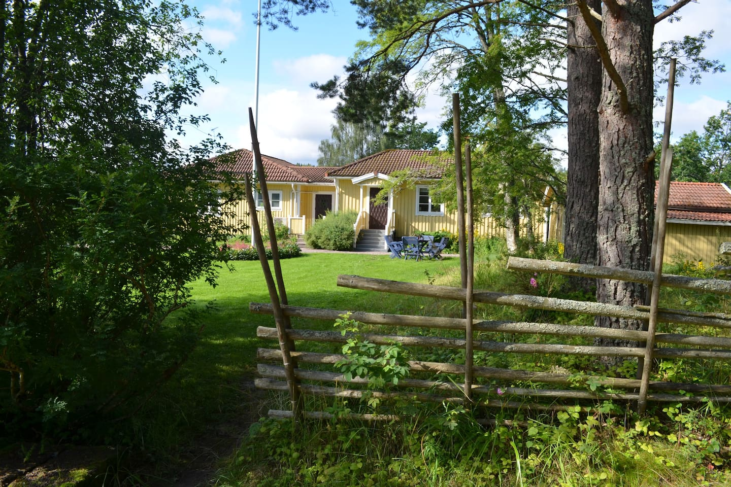 Welcome to guest house Bjökängen.  The house is a secluded part of estate Villa Furuvik where your hosts live. You will have your own house and your own garden.