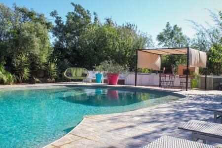 """Maison """"bananeira"""" avec piscine - Paderne"""