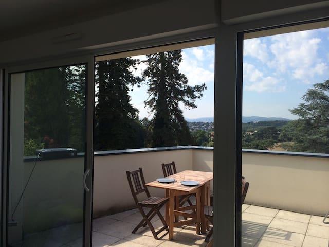 Appart T2 Limonest-Calme-Ensoleillé - Limonest - Apartment