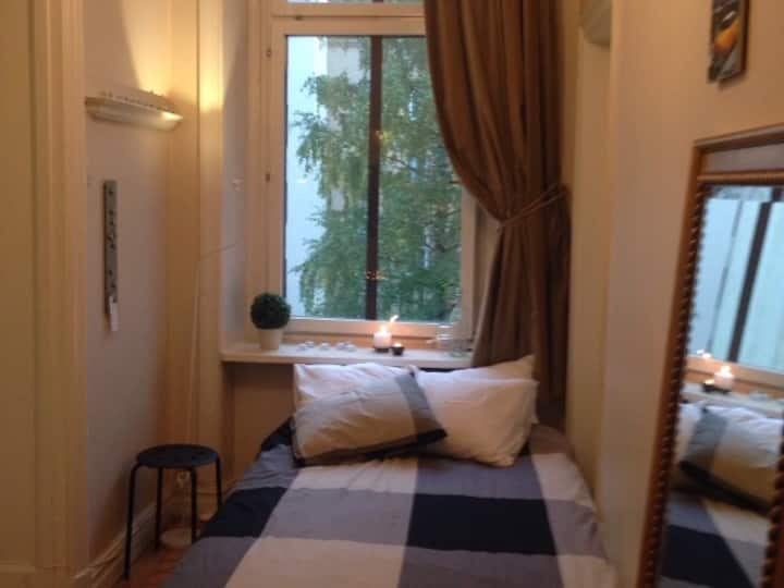 Lovely room, super central location
