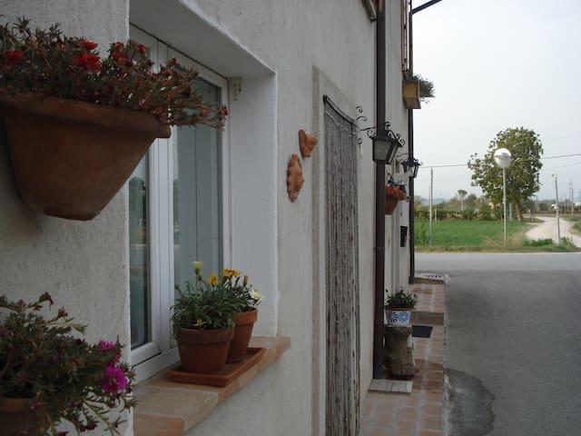 """Vicino Perugia """"La dimora di Lucia"""" - Deruta"""