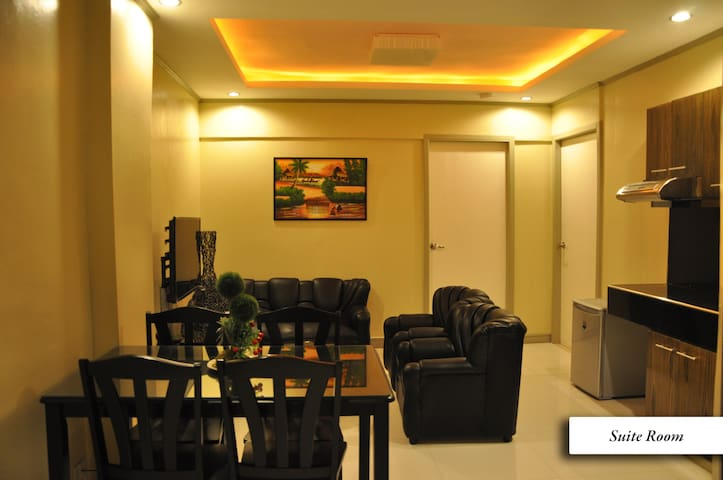 Two Bedroom Superior with Breakfast - Malate, Manila - Byt
