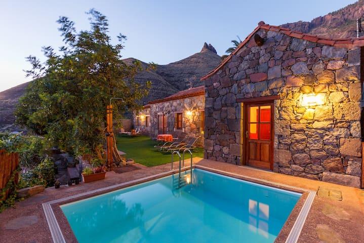 CASA TAMADABA - private pool - Agaete - Hus