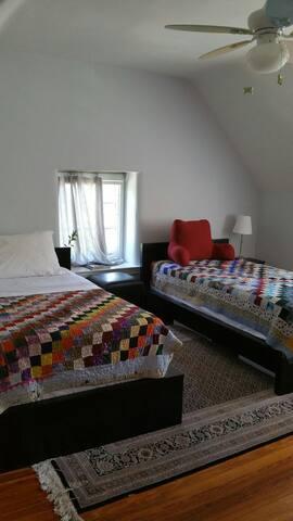 Room; Drexel Med/Jefferson U