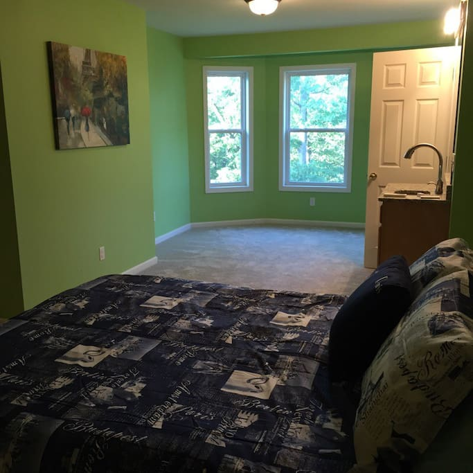 Bedroom with Single vanity