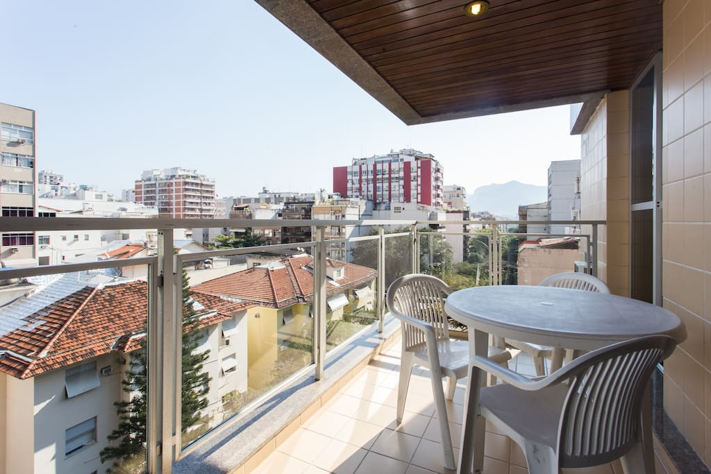 Spacious terrace with beautiful view of Ipanema