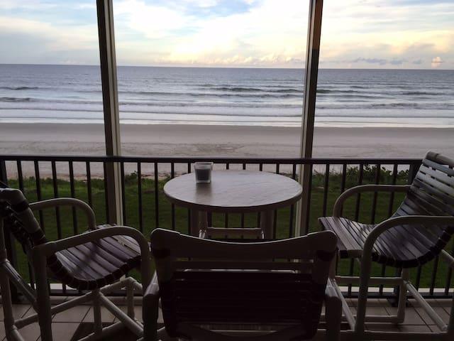 Oceanfront - A slice of heaven - New Smyrna Beach - Condominio