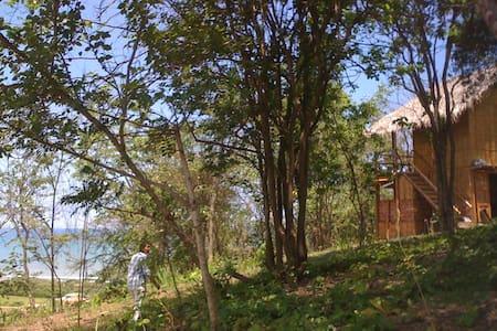 Cabaña en Manabí con vista al mar - Don Juan, Manabí