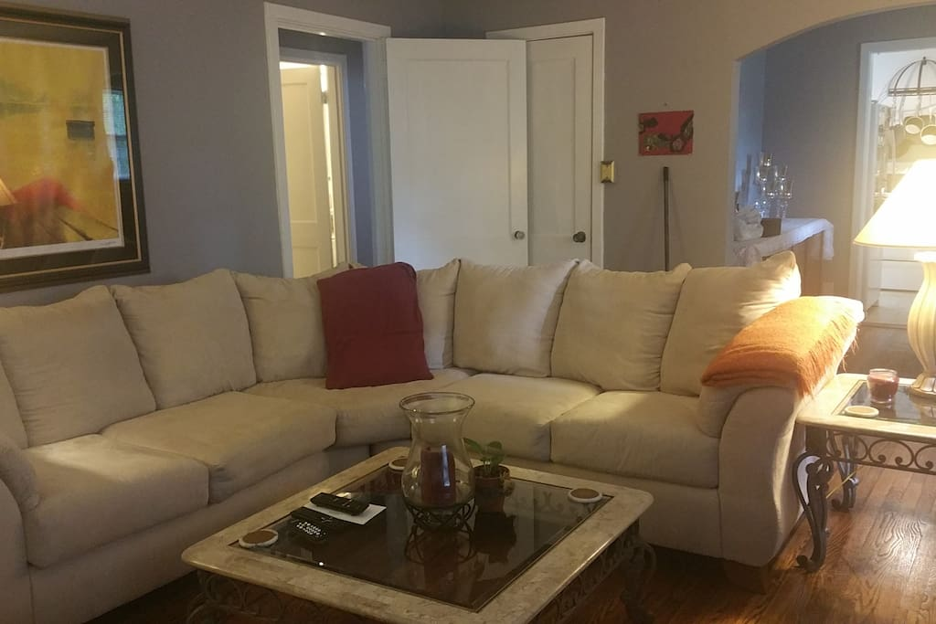 Spacious living room. 42 inch HD TV, cable, Blu-ray player and Google Chrome. Gas fireplace.