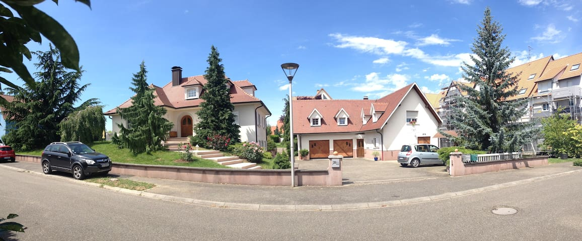 Chambre et SDB privée / campagne proche Strasbourg - Bischoffsheim - อพาร์ทเมนท์