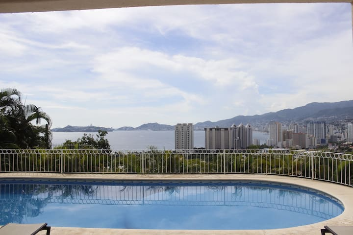 Spectacular view of Acapulco