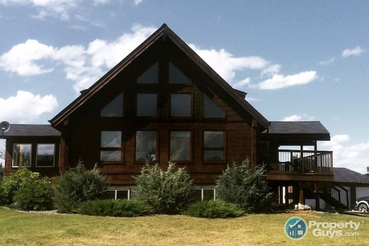 Large Log Home Single Room or two rooms