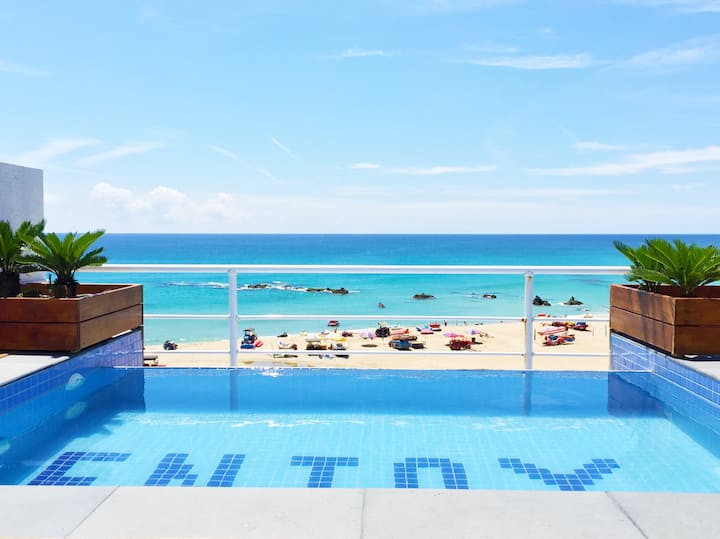 VIP Fun Room with Ocean View (Private pool )