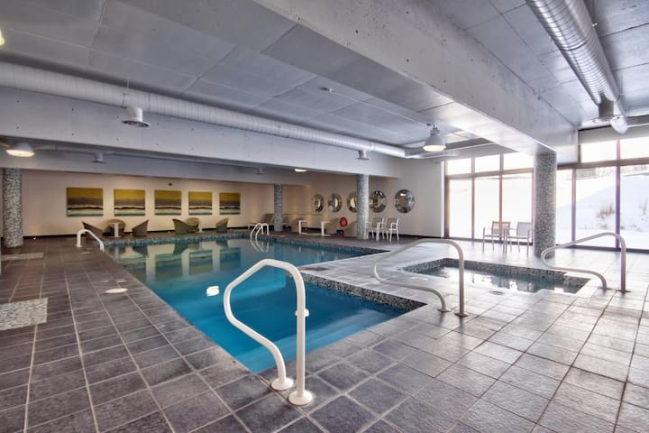 Metro, Gym, Pool, Shop, Best Value - Montréal - Appartement en résidence