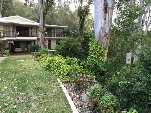 Amongst the trees in Buderim - Buderim - Leilighet