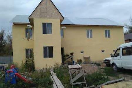 Загородный дом возле реки - Casa