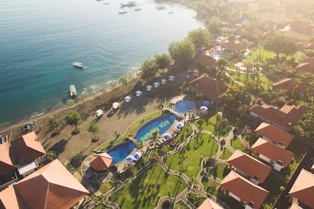 Adi Assri Resort, Deluxe Room - Gerokgak - Aamiaismajoitus