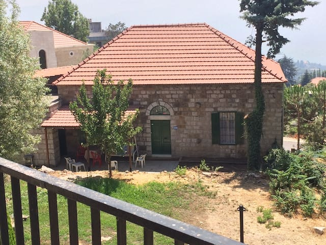 Tipical lebanese house - Raifoun - Huis