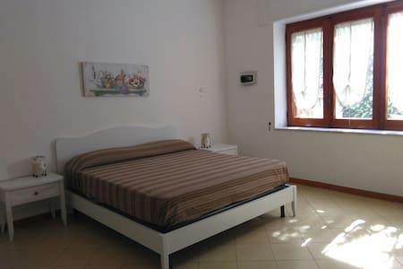 Double bedroom - Sorrento Coast - Sant'Agnello - Гестхаус