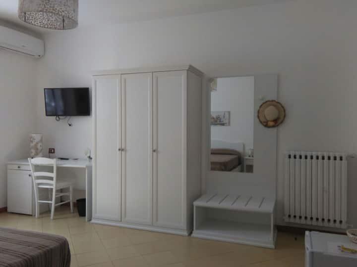 Triple bedroom in Sorrento Coast