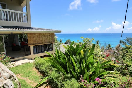 Kaz Bulinger - Machabee Seychelles - Machabee - Dom