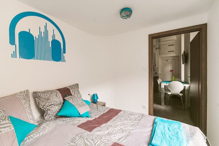 Brand new flat(M2) in the downtown NOparty NOnoise