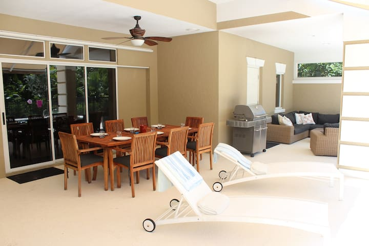 Luxurious 4 Bedroom Beachside Villa - Vero Beach - Vila