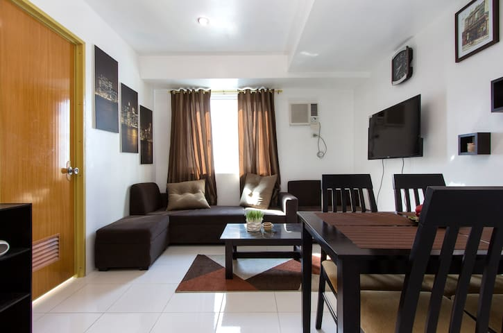 New Fully Furnished 2BR Condo in QC - Quezon City - Ortak mülk