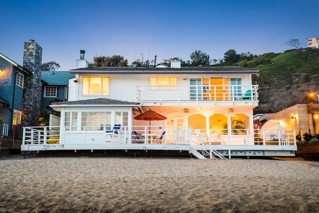 Ocean views, on the beach, a most famous and wonderful rental home of your dreams.