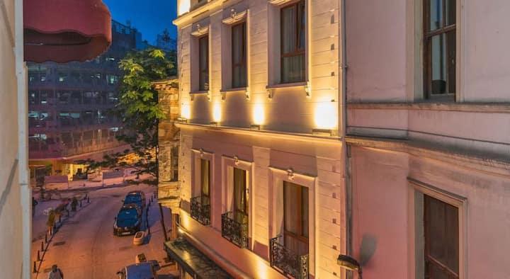 Ada Karakoy Hotel SUIT ROOM