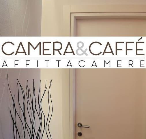 Camera&Caffè ~ Bed&Breakfast - Trinitapoli - Pousada