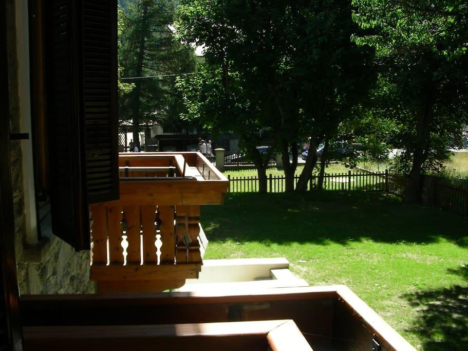 A pragelato trilocale grande e luminoso in villa for Grande disposizione della camera familiare