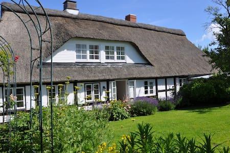 Reetdachhaus an der Ostsee - Pommerby