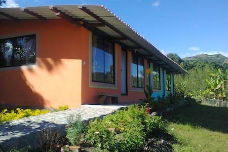 CASAS DE ARRIENDO EN VILCABAMBA - TAXICHE - Vilcabamba - Huis