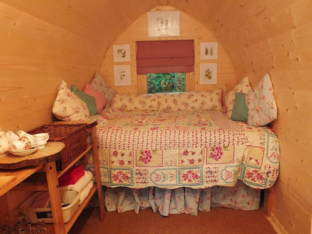 HollingtonPark Glamping - Bluebelle - Woolton Hill - Zomerhuis/Cottage