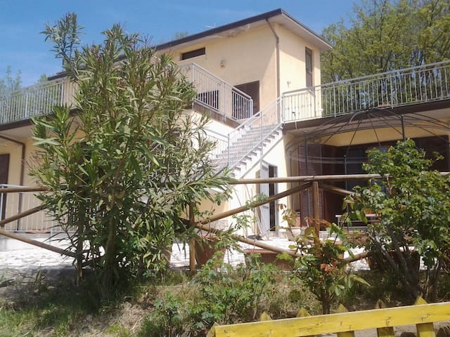 Casa Vacanze Villa Florindo - Wonderful villa - Beltiglio-san Giovanni - Apartment