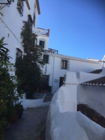 Stunning village house, great views - Canillas de aceituno  - Casa