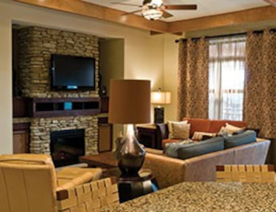 RELAXING LIVING ROOM FOR GREAT FAMILY TIMES