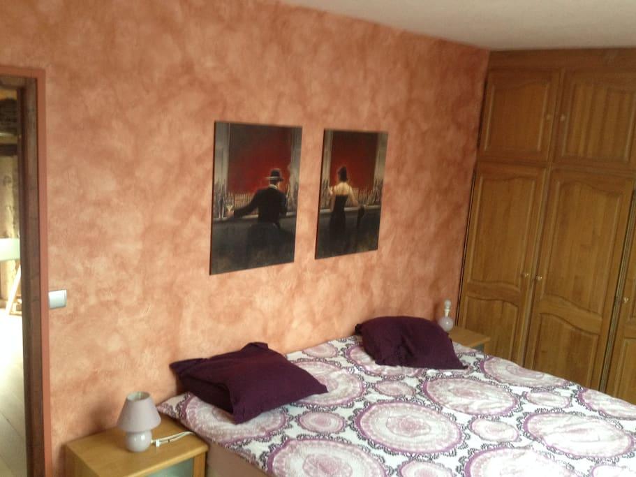 maison avec 2 grandes chambres maisons louer r au idf france. Black Bedroom Furniture Sets. Home Design Ideas