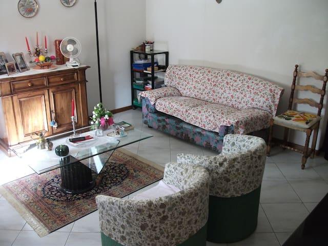 Appartamento in zona tranquilla - Città di Castello - Leilighet