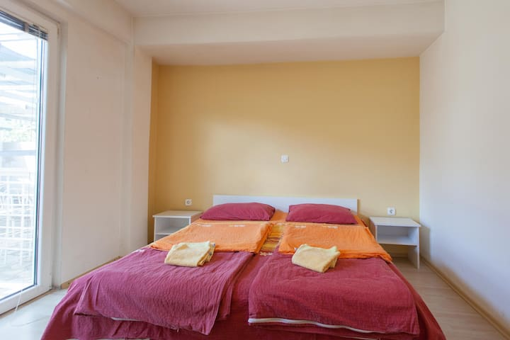 Villa In - room for couple - Ohrid - Talo