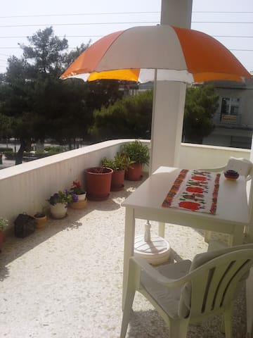 Sunny, clean, big apartment 120sqm - Ilioupoli - Pis