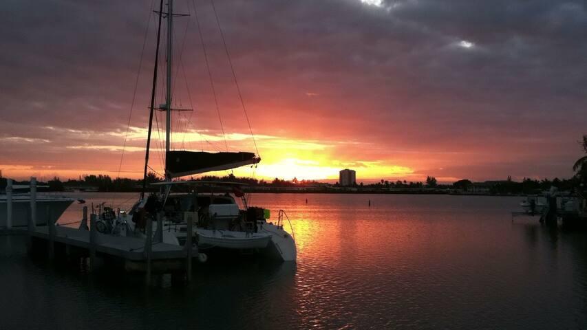 Florida Keys Boat Marathon SF - Marathon