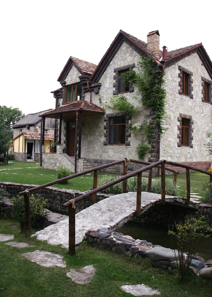 Villa Jrvezh Dilijan, Armenia