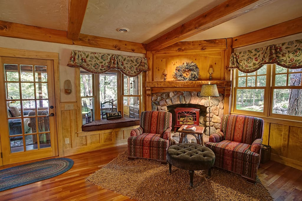 Additional Reading Areas by Gas Fireplace