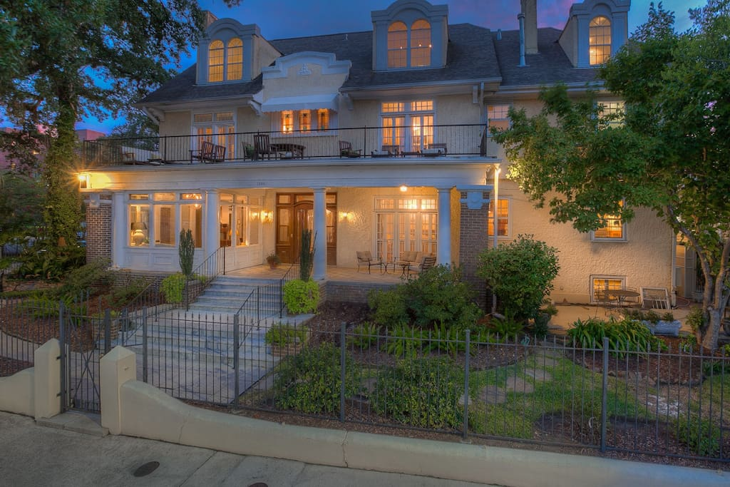 Mansion In The Garden District Houses For Rent In New Orleans Louisiana United States