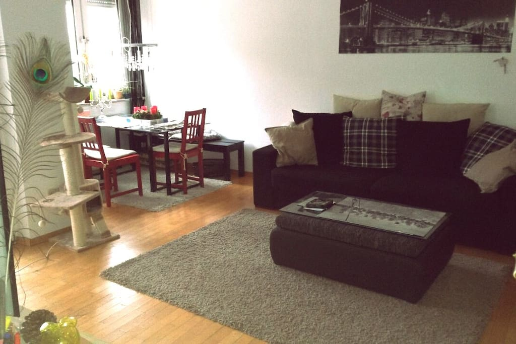 Unser Wohzimmer, our living room